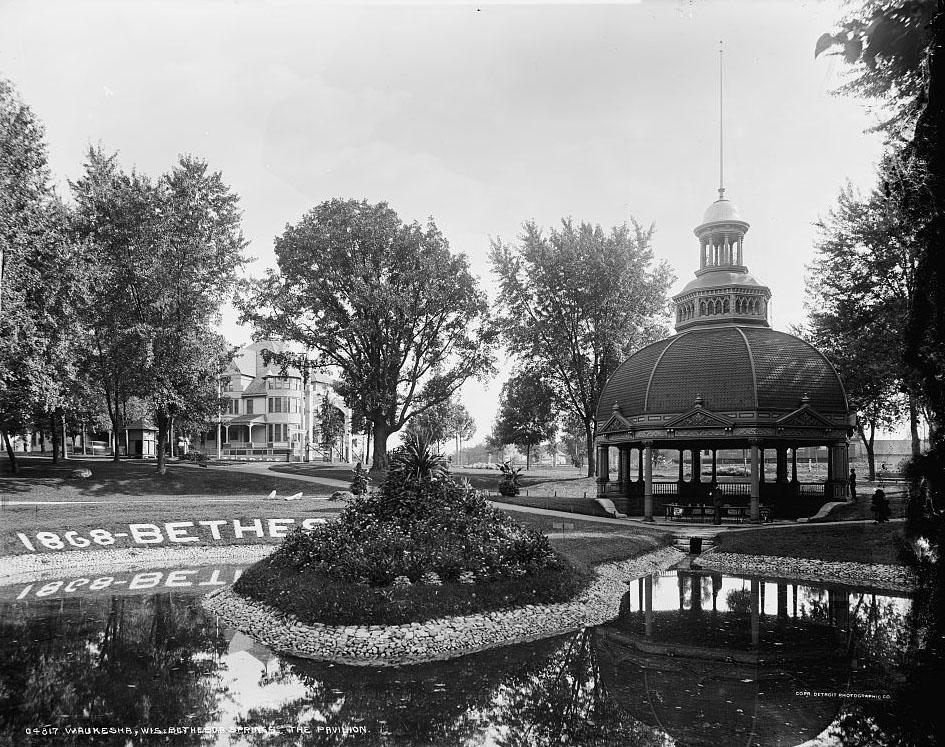 Waukesha, Wis., Bethesda Springs, the pavilion